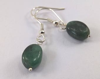 Emerald earrings, 925 Silver emerald earrings, Genuine Emerald earrings, birthstone earrings, earrings, birthstone jewellery, earrings.