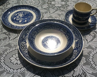 Blue Willow USA China Dishes