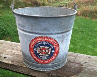 Lisk 3 Gallon Bucket 12
