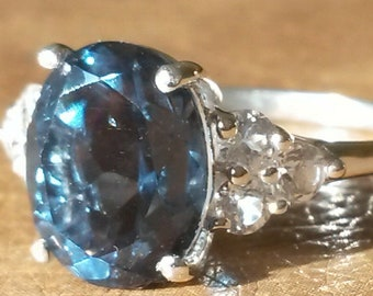 9832471459c3cc Natural Indicolite quartz and Glacier white Topaz ring 925 size N