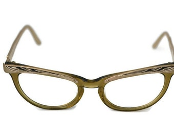 7fb63a883d Vintage Shuron 5 1 2 USA Cat Eye Glasses