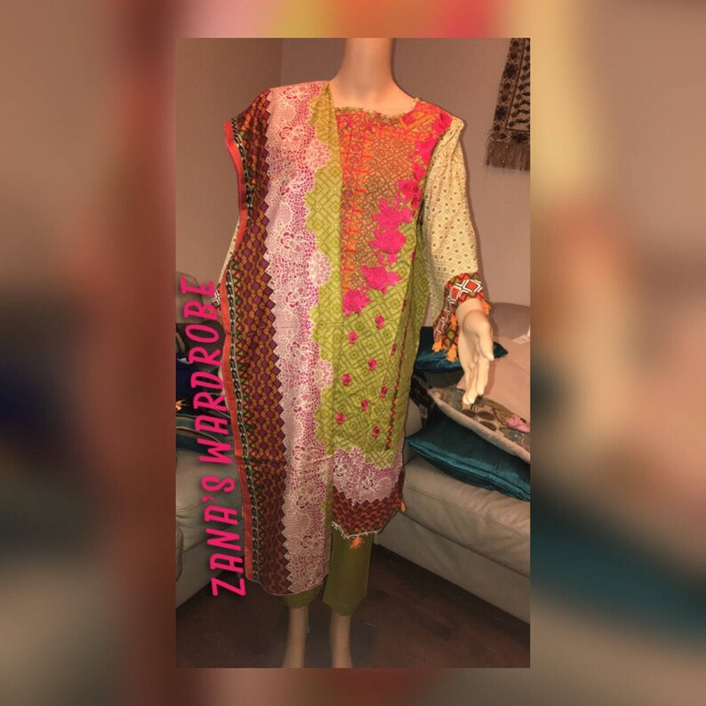 7a89b66b40 Bin Saeed Lawn embroiderd Three piece suit with lawn duppata | Etsy