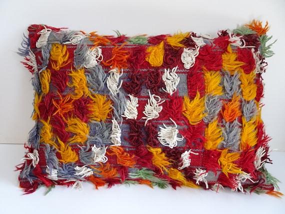 Coussin en Kilim Filikli, 24 x 16 pouces 60 x 40 Cm Long poil tapis housse de coussin, coussin décoratif de Kilim Tulu, housse de coussin lombaire, coussin en Kilim turc.