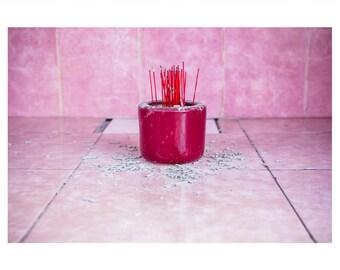 Kunstdruck 'Brennendes Pink' mit weißer Umrandung auf UV-Fotopapier (70x50cm)