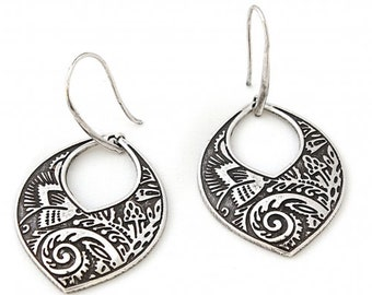 Ethnic silver plated earrings, Silver earrings with ethnic pattern, autentic ethnic earrings, floral earrings, ethnic jewelry