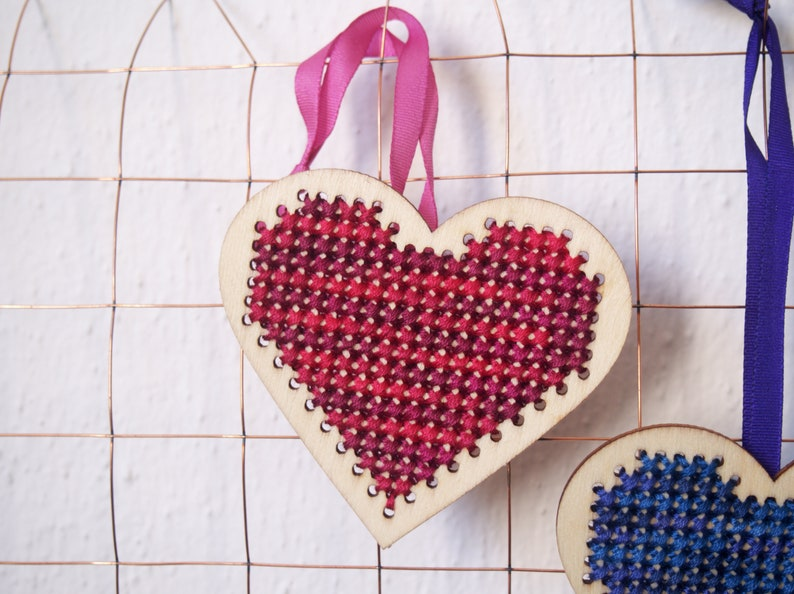 Ombre Hearts Duo Cross Stitch OrnamentDecoration Set