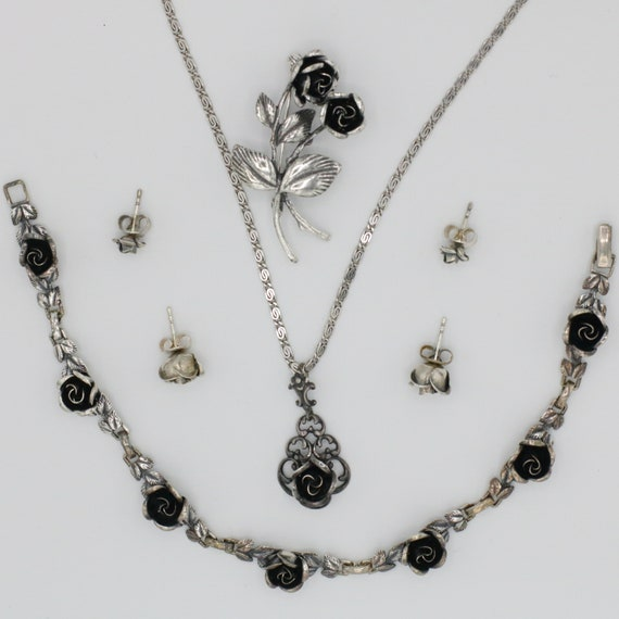 TEKA Vintage Jewelry Set Roses