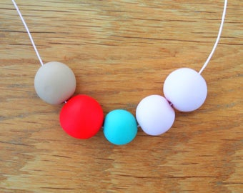 Handmade Polymer Clay Necklace - El Salvador Collection - Five Bead Red
