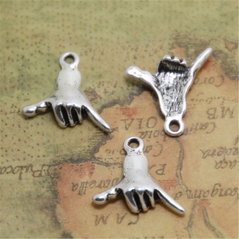 20pcs Anubis Charms Antiqued Silver Tone Anubis charm pendants 20x15mm