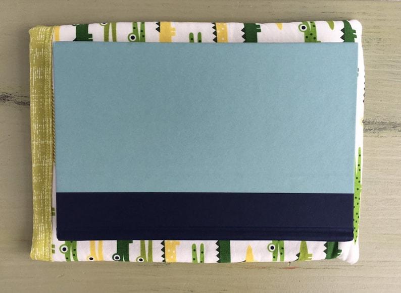 Medium Crocodile Book SleeveE-reader Sleeve