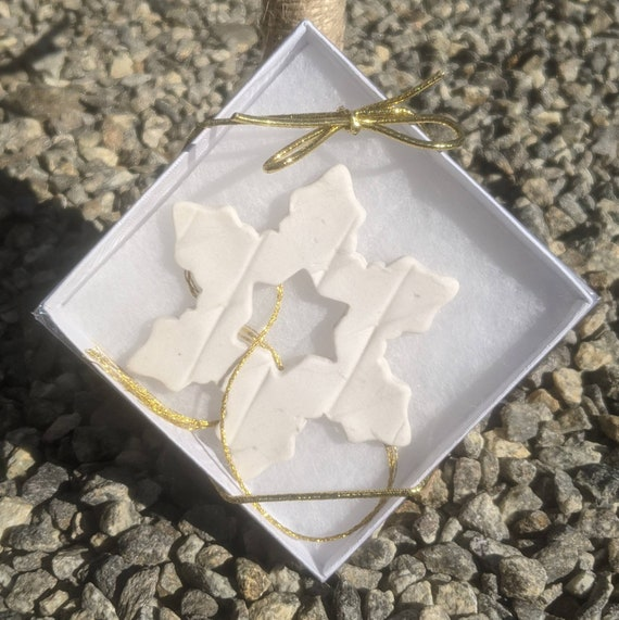 Snowflake Porcelain Ornament in Gift Box