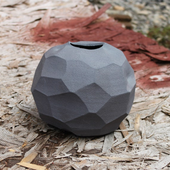 Wild Clay Stone Egg Vessel