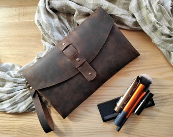 Brown leather clutch bag, Brown leather wristlet, Leather evening bag, Brown leather purse, Leather envelope bag, Everyday clutch with strap