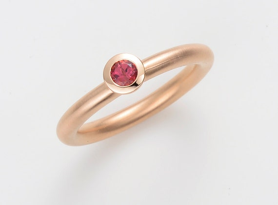 18kt Rose Gold Engagement Ring With Rhodolite Garnet Pink Etsy