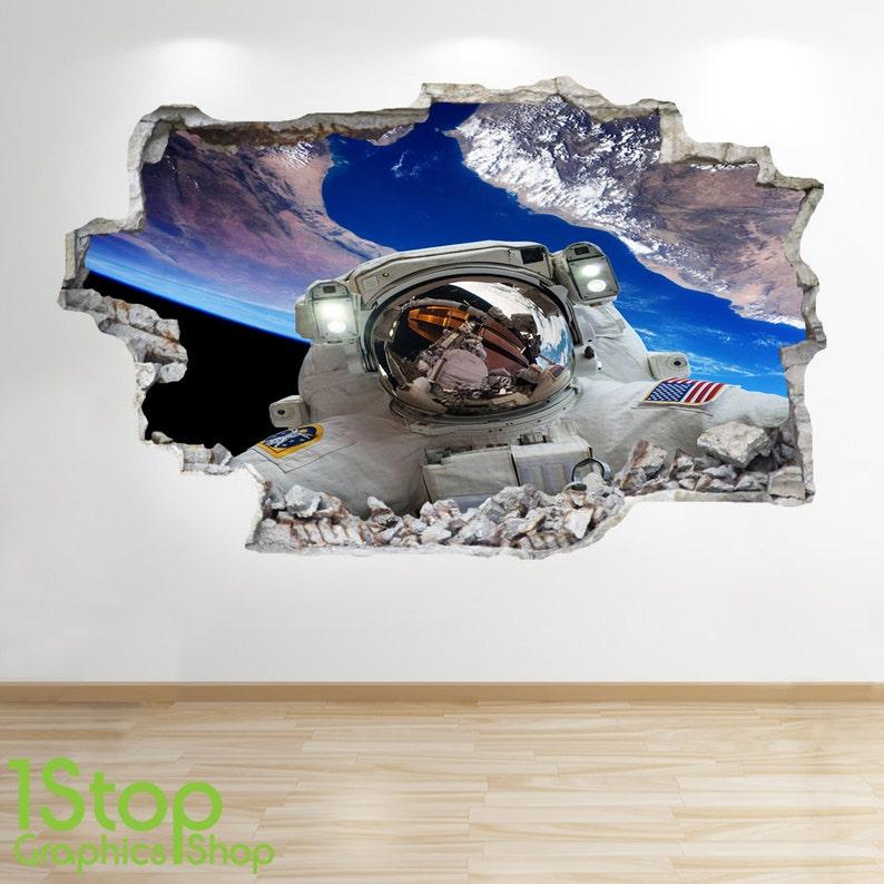 ASTRONAUT WALL STICKER 3D LOOK MOON PLANET GALAXY STARS BOYS BEDROOM  Z20