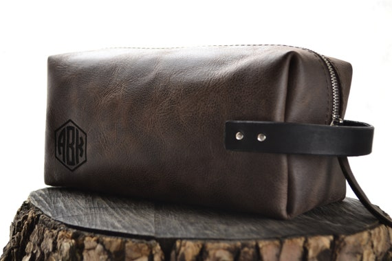 Personalized leather Dopp Kit bag Groomsmen Gift Monogram  4af03701d41a2