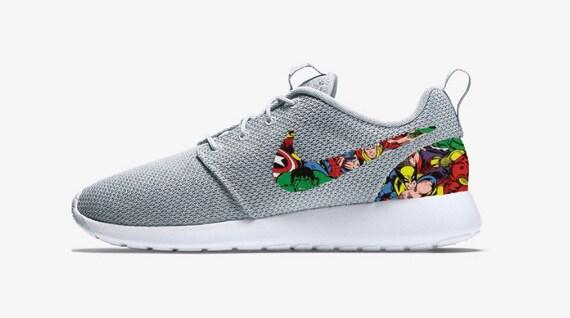 Marvel Avengers benutzerdefinierte grau Sneakers von Nike Roshe Run mit Eisen Mann Thor Spiderman Wolverine, Hulk