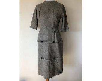 S 1950's wool tweed gray wiggle sheath dress half sleeves metal zip Union made