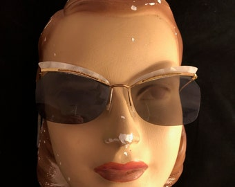 644c6e2ff91a 1950s Cateye Sunglasses, Lightweight, With Celluloid Wings, Metal Frame and  Arms, Almost Frameless