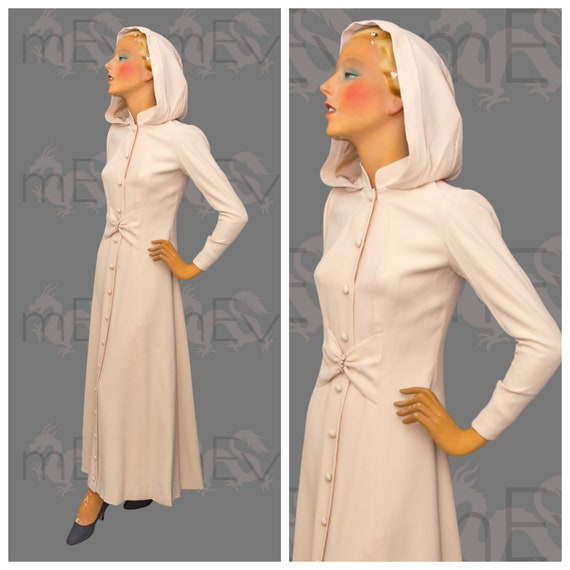 1970s does 1940s Crepe Hooded Full Length Dress or