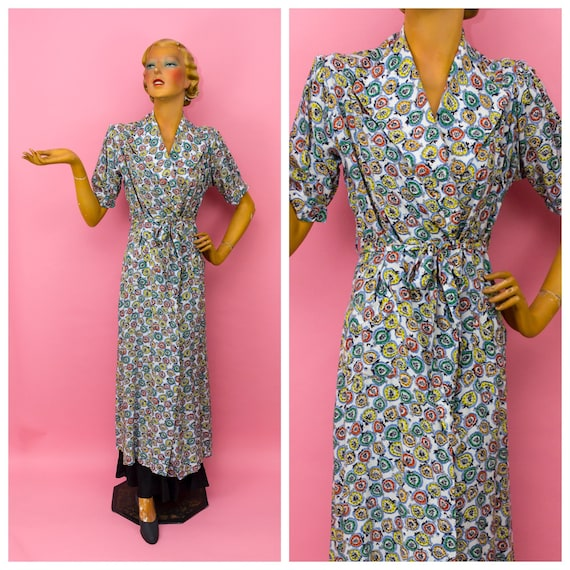 1940s 1950s Leaf Print Short Sleeved Wrap Robe Dre