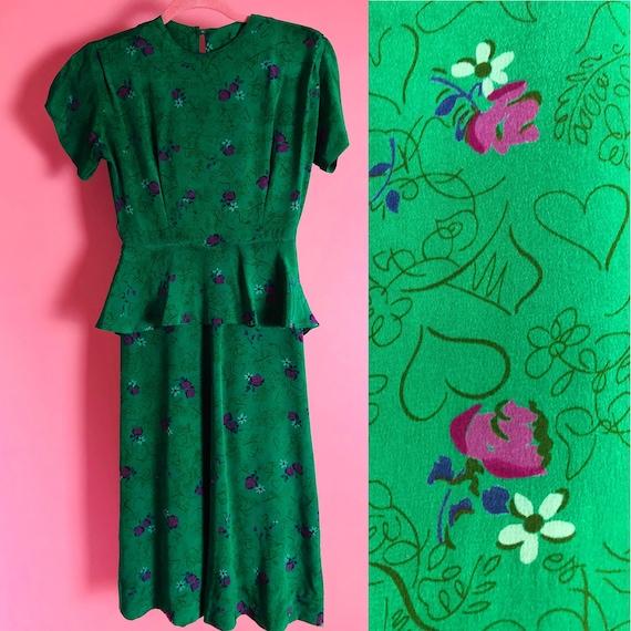 1940s Emerald Green Novelty Print Short Sleeved Dr