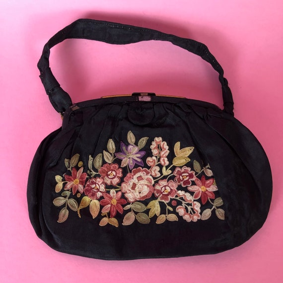Lovely 1910s 1920s French Embroidered Handbag Purs