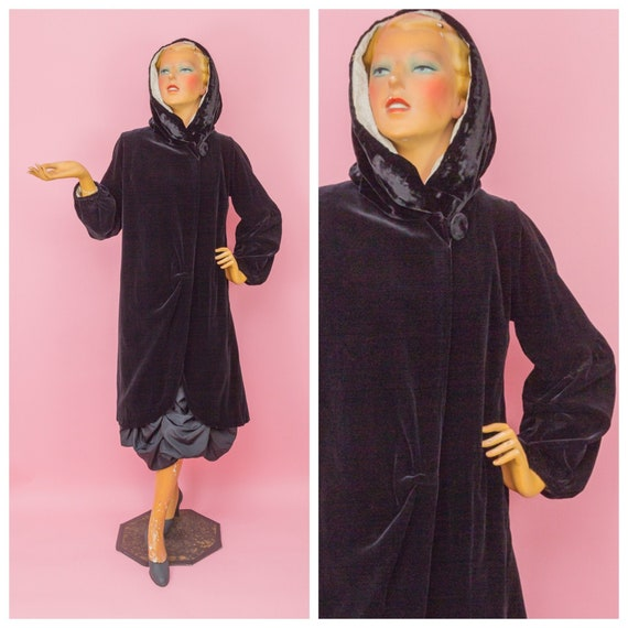 1920s Hooded Black Velvet Cocoon Coat with Quilted