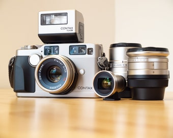 Perfect working Contax G2 with 21mm, 35mm, 90mm, flash FULL SET