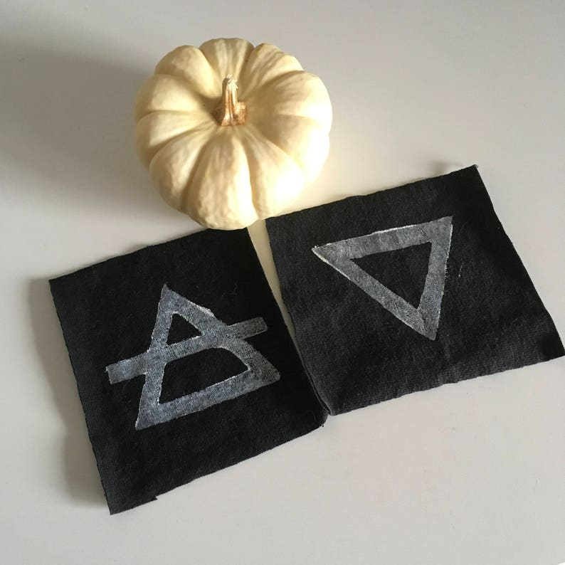 Pair of Witch Elements Patches image 0