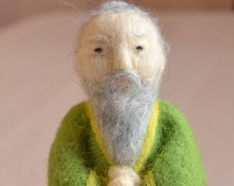 Chinese doll Confucius figurine Confucius statuette felt Confucius statue wool Confucius statue Needle felted teacher Chinese miniatures