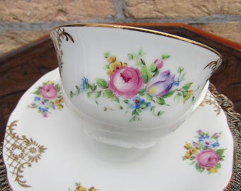 Vintage Tea cups/6 pieces/Szechoslovakia RKG/serving Dish/CA 1950