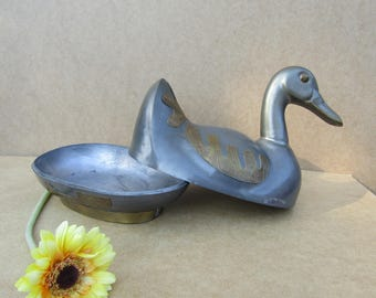 Pewter Duck/Vintage/signed quality from Hong Kong