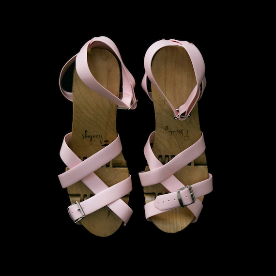 Vintage 1950's Flexiclogs - Baby Pink  - Rare - W… - image 3