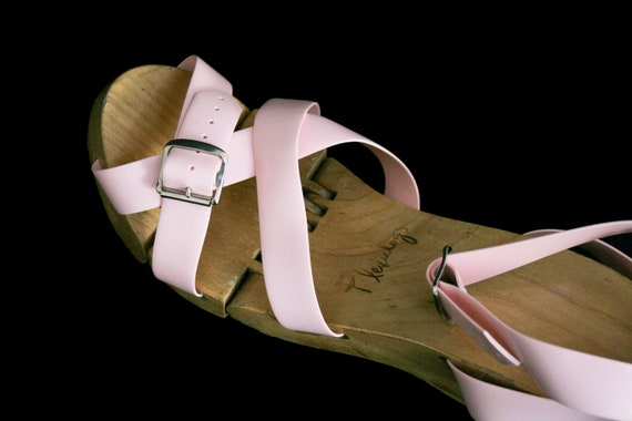 Vintage 1950's Flexiclogs - Baby Pink  - Rare - W… - image 6