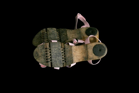 Vintage 1950's Flexiclogs - Baby Pink  - Rare - W… - image 7