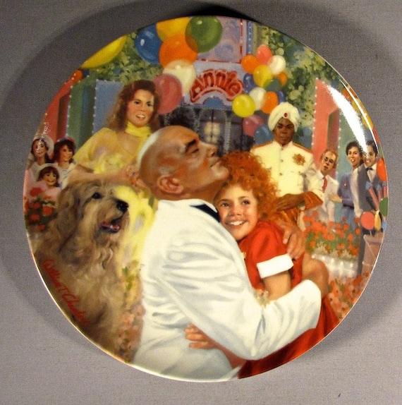 Knowles 1985 Little Orphan  Annie TOMORROW Ltd Ed Plate