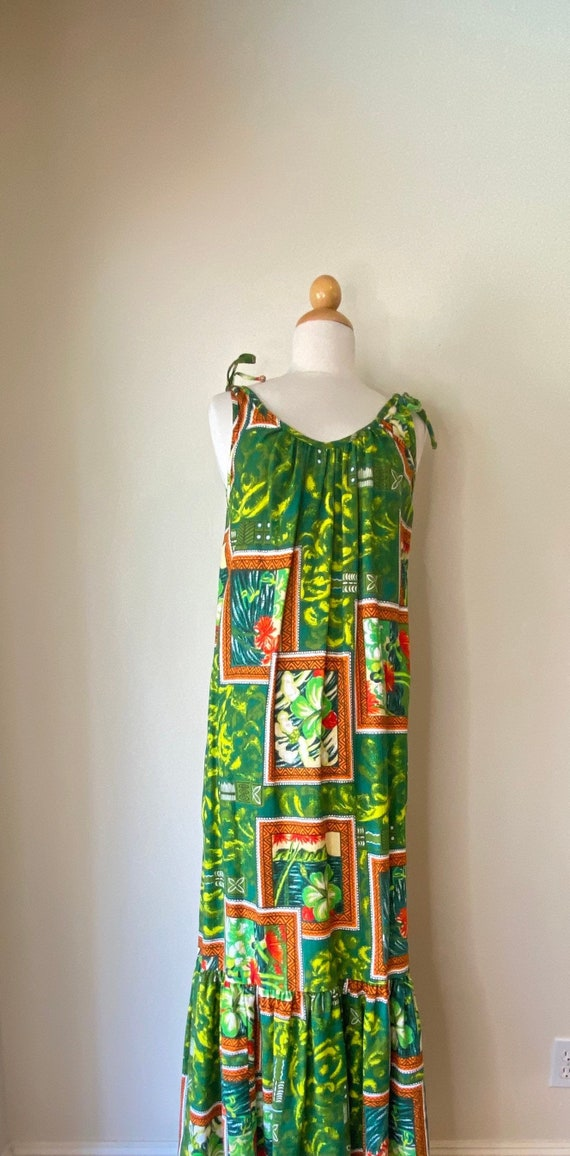 60s Vintage Aloha Muumuu Hawaiian Dress