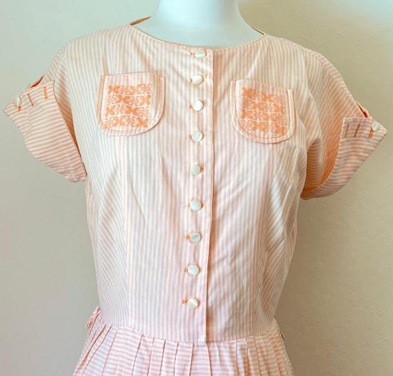Vintage 50's Fit N Flare Shirtwaist Summertime Wov