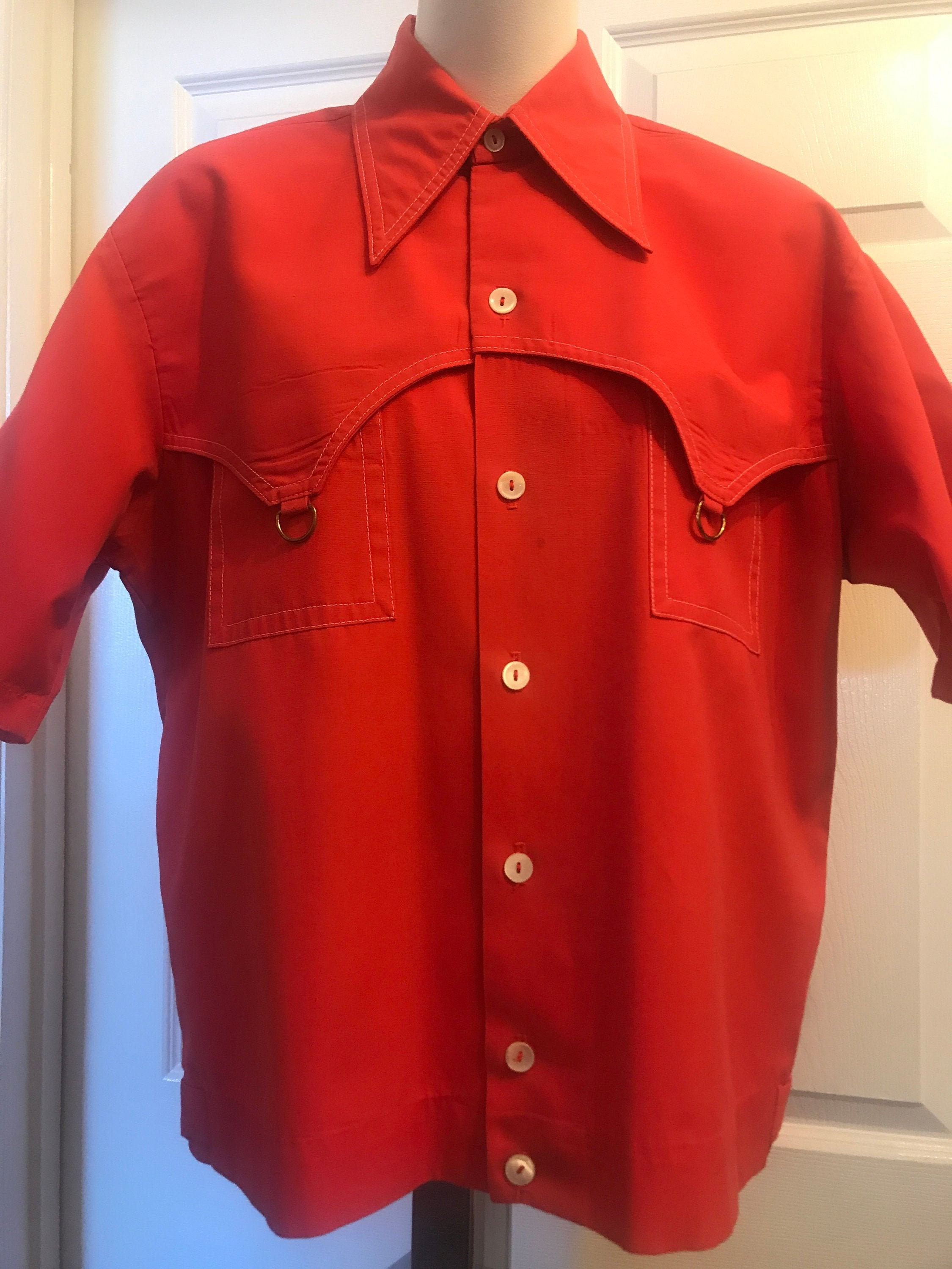 1940s Men's Shirts, Sweaters, Vests 1940s Mens Sportswear Shirt Desmonds Palm Springs $5.00 AT vintagedancer.com
