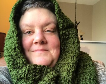 P3 Hooded Cowl in Green
