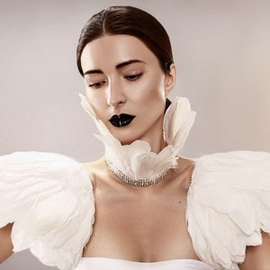 White feather crystal epaulettes Custom fit bridal shoulder pieces pads Wedding cape alternative Modern bride Wings