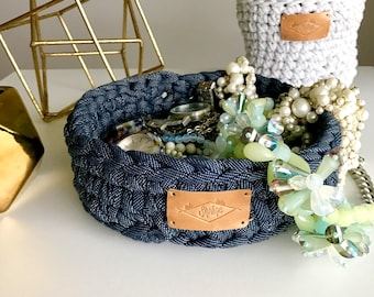 Cotton basket / 7in x 2in / Small / Navy blue & white / Crochet / Hand crocheted / Recycled cotton fiber