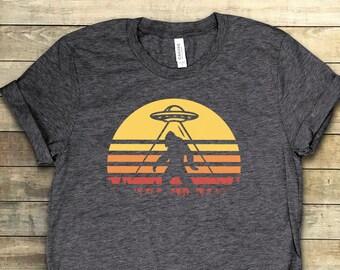 e0770fd35905ba Bigfoot T Shirt ∙ Funny Shirts ∙ Yeti Shirt ∙ Sasquatch Shirts ∙ Vintage T  Shirts ∙ Cool T Shirts ∙ Retro T Shirts ∙ Softstyle Unisex Tee