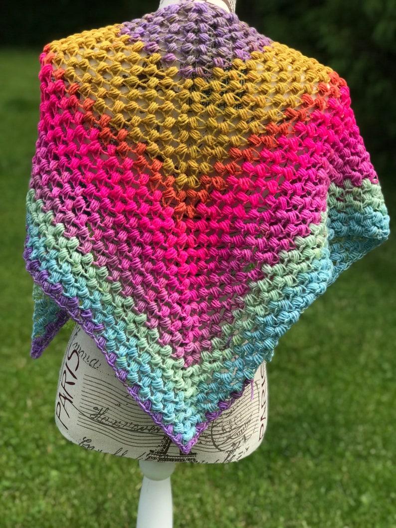 Tri Puff Stitch Triangle Scarf