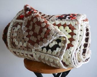 vintage crochet afghan blanket   throw   granny squares   cozy