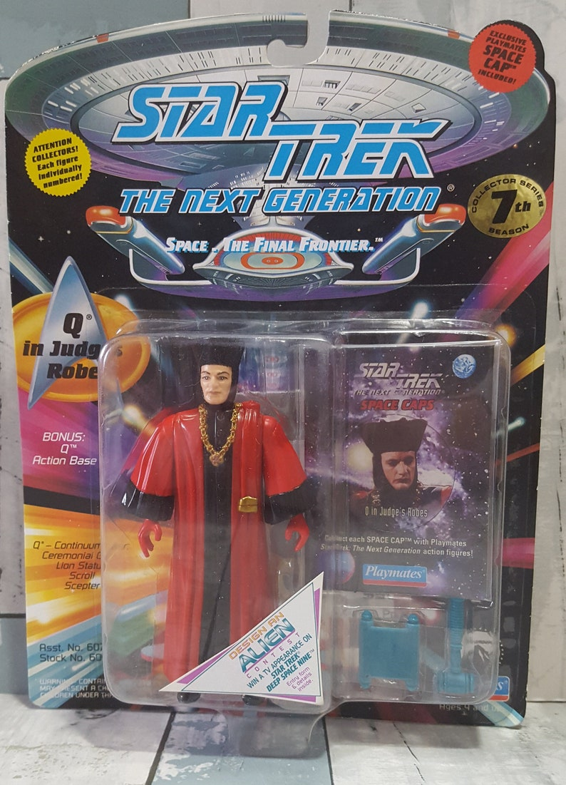 Star Trek The Next Generation – Q in Judges Robe – Collector Series 7th  Season – 1994 Playmates action figure
