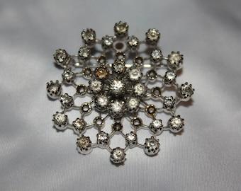 Unique Snowflake Brooch Necklace