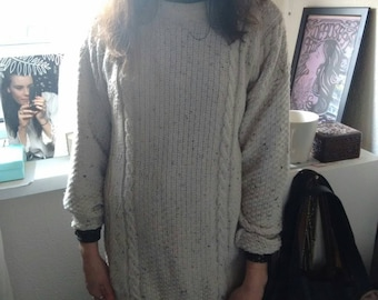 Oatmeal Wool Mix Jumper/longer length/Size Small to medium.
