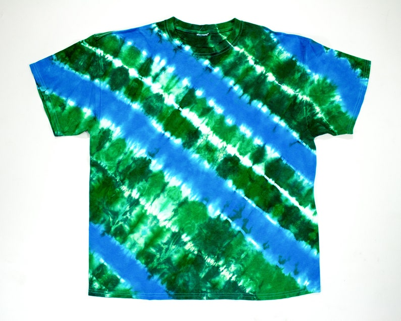 131a0fca23c SALE Blue and Green Tie Dye Shirt Size XL
